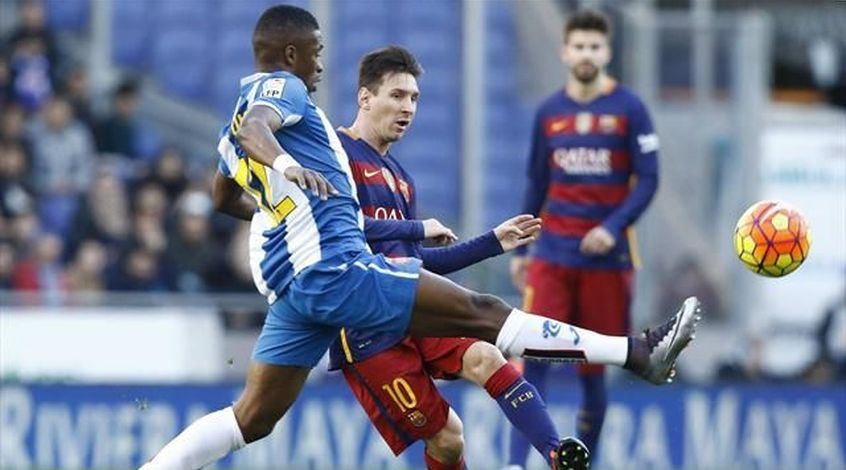 """Папе Диоп: """"Если бы мы захотели, то игроков """"Барселоны"""" вынесли бы на носилках"""""""