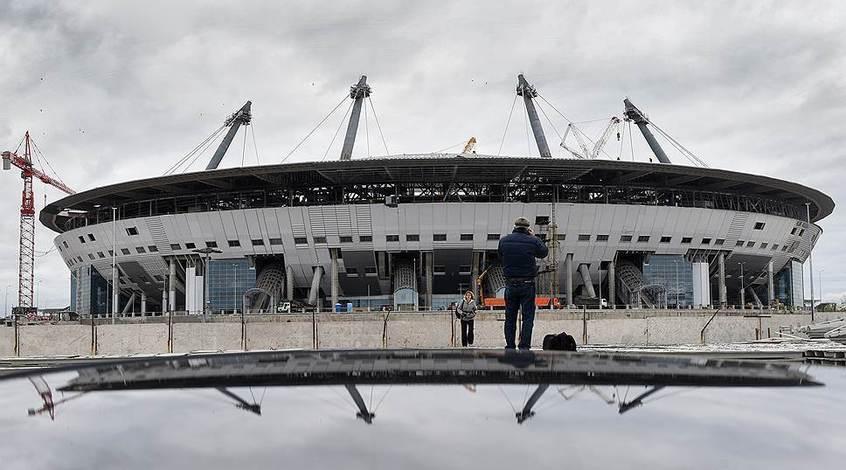 """Крыша нового стадиона """"Зенита"""" вновь протекла (Видео)"""