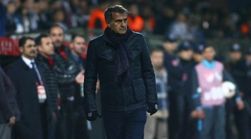 """Тренер """"Бешикташа"""": не выпустил Бойко в основе из-за плохого состояния газона"""