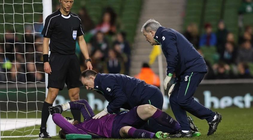 Голкипер сборной Ирландии Роб Эллиот пропустит Евро-2016 из-за травмы