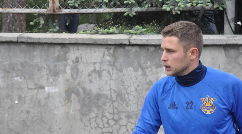 В УЕФА переписали первый гол в матче Украина - Косово на Артема Кравца
