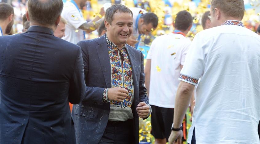 У президента ФФУ Андрея Павелко нет собственного авто и недвижимости