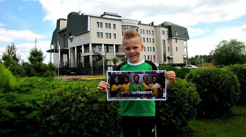 Ярмоленко підтримав хлопчика, якому французи відмовили у візі (+Відео)