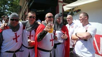 Евро-2016: английские фанаты устроили беспорядки в Марселе (Видео)