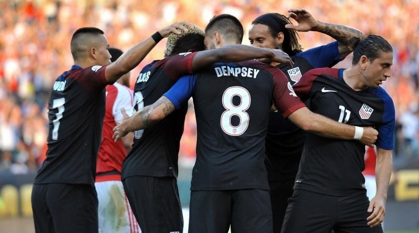Сборная США разгромила команду Панамы вотборочном матче ЧМ-2018 пофутболу