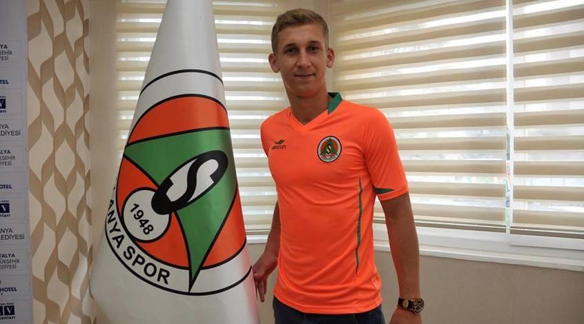 """Александр Каплиенко: """"Из-за происходящей ситуации в нашем футболе, оставаться желания не было"""""""