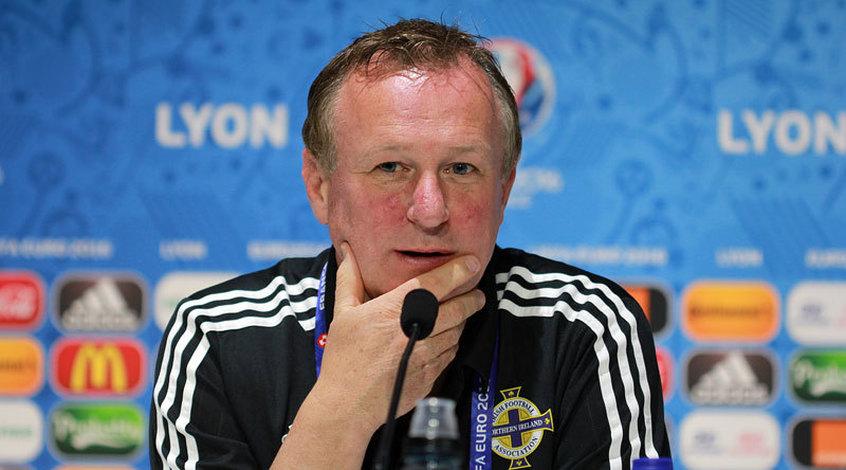 Главный тренер сборной Северной Ирландии арестован за вождение в нетрезвом виде