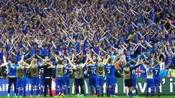 Крутая реклама, посвящённая сборной Исландии (Видео)