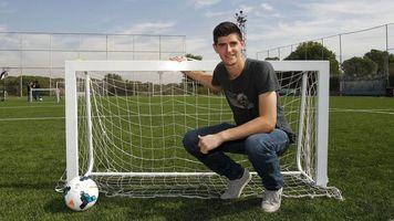 Куртуа раскритиковал тактику Вильмотса в матче со сборной Уэльса