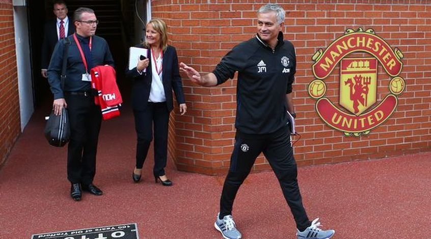 """Сколько трофеев завоюет """"Манчестер Юнайтед"""" под руководством Моуриньо? Все коэффициенты"""