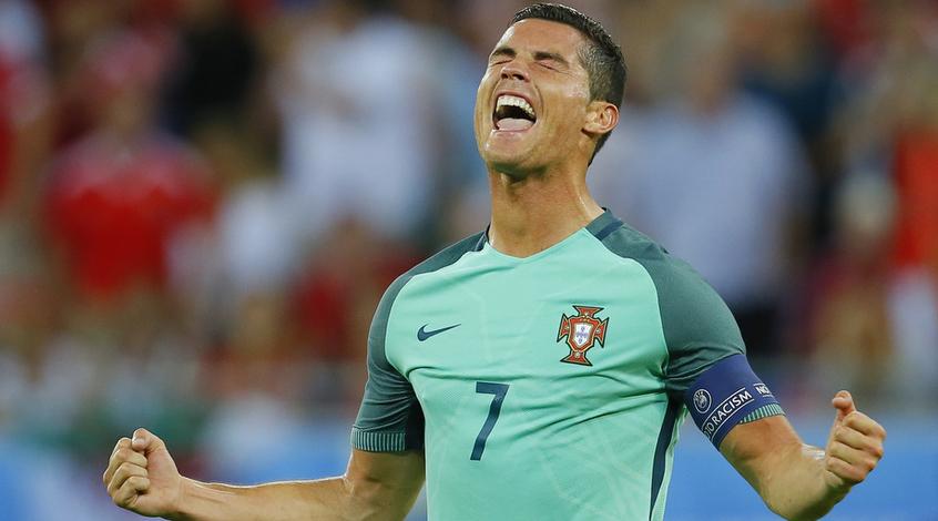 Криштиану Роналду перечислил призовые за победу на Евро-2016 в фонд борьбы с детским раком