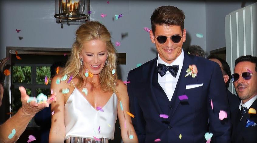 Марио Гомес женился на 37-летней модели