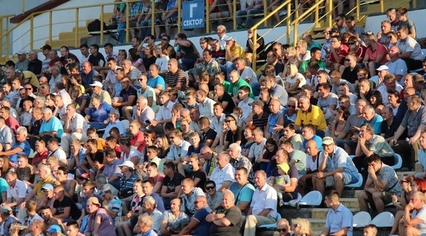 """Матч """"Подолье"""" - """"Металлург"""" собрал рекордное количество зрителей во второй лиге за последние четыре года"""