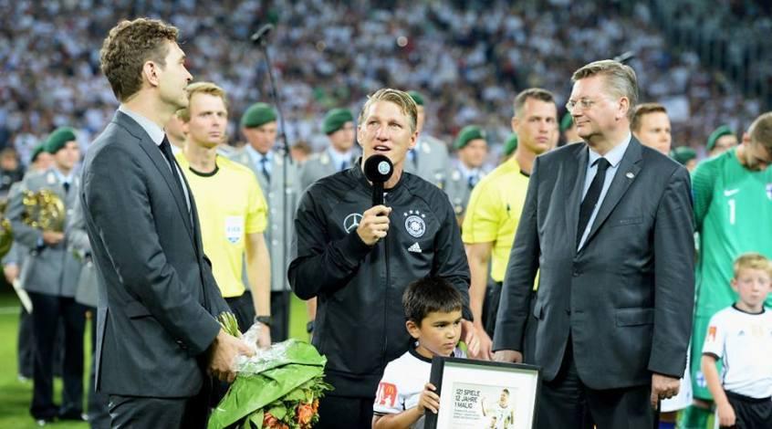 Германия - Финляндия 2:0. Servus, Basti!