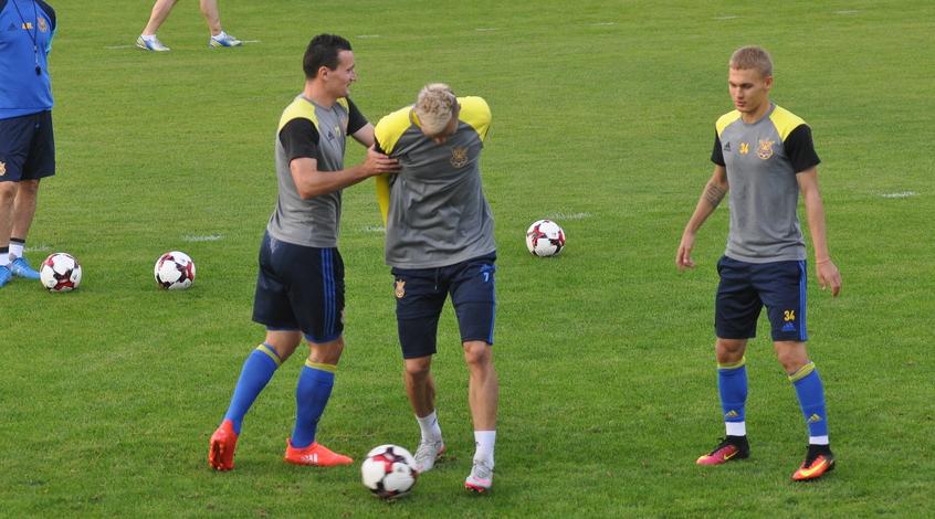 Читатели FootBoom определили состав сборной Украины на матч с Исландией
