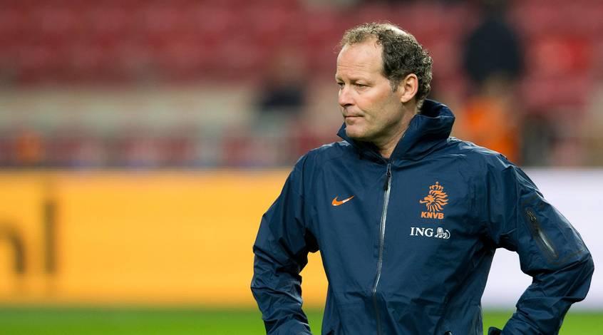 Оранжевый хаос: в чем причина последних неудач сборной Голландии