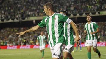 Известный испанский футболист спародировал Дженнифер Лопес (Видео)