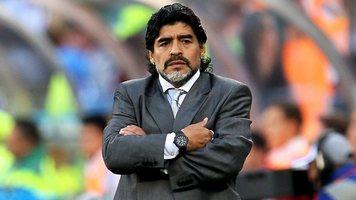 """Диего Марадона: """"Не вызвав Агуэро в сборную, Скалони проявил неуважение к футболу"""""""