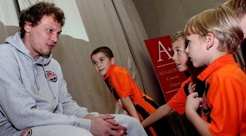 Андрей Пятов: постараемся выиграть в Генте
