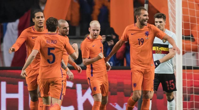 """Вялые """"тюльпаны"""". Кто может заменить Данни Блинда на посту тренера сборной Голландии?"""
