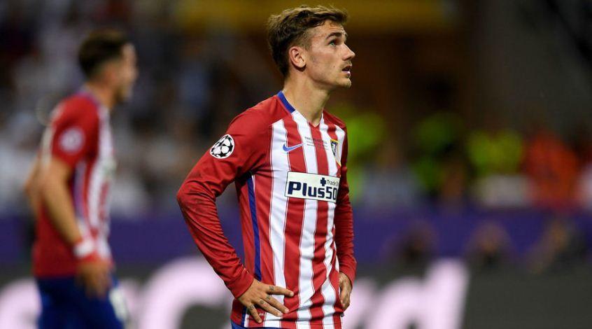 """Директор """"Атлетико"""": """"Нам надоело неподобающее поведение """"Барселоны"""" относительно Гризманна"""""""