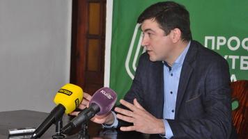 Журналіст: клуби ПФЛ проголосували за недовіру Макарову, в.о. президента призначено Каденка