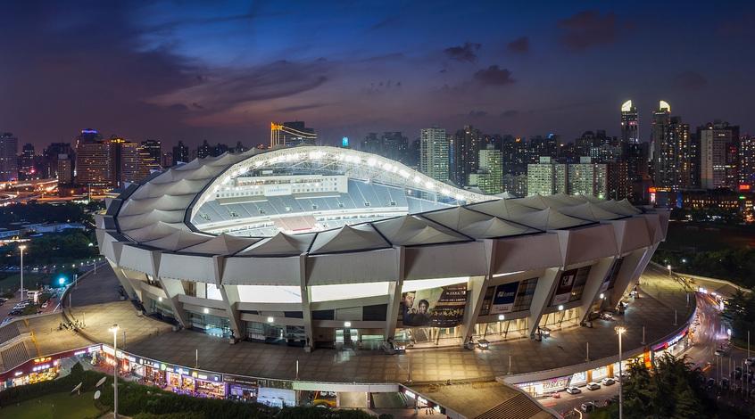 "На стадионе ""Шанхай Шэньхуа"" произошёл пожар (Видео)"