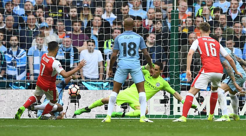"""Кубок Англии. """"Арсенал"""" - """"Манчестер Сити"""" 2:1. Венгер на пути к седьмой победе в турнире"""