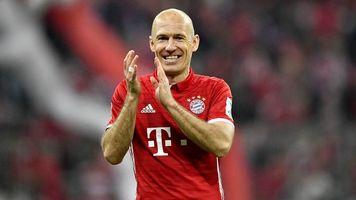 """Читатели Kicker ответили на вопрос """"Должна ли """"Бавария"""" продлить контракты с Рибери и Роббеном?"""""""