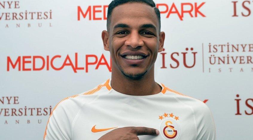 """Фернандо прибыл в Стамбул для подписания контракта с """"Галатасараем"""""""