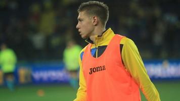 Николай Матвиенко приедет в сборную Украины в специальной маске