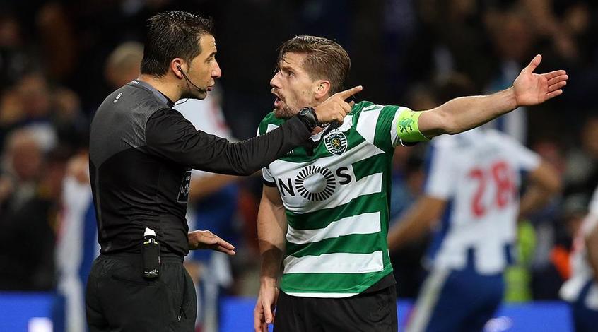 «Лестер Сити» должен будет ожидать Адриена Сильву, так как ФИФА отвергла апелляцию клуба