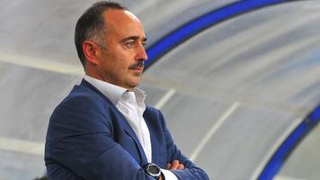 Главный тренер сборной Узбекистана отстранён от должности