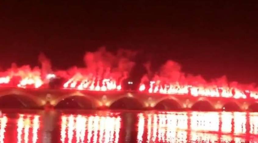 """Огненный перфоманс ультрас """"Бордо"""" (Видео)"""
