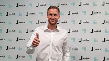 """Защитник """"Ювентуса"""" Бенедикт Хеведес пропустит около четырех недель"""