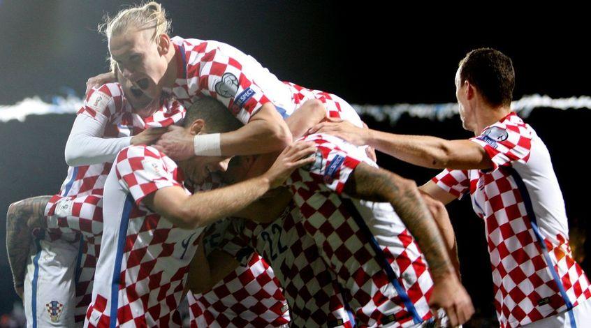 Президент Хорватии отпраздновала победу своей сборной в раздевалке команды
