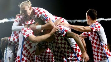 Сборная Хорватии отметила выход на ЧМ-2018 шампанским (Фото)