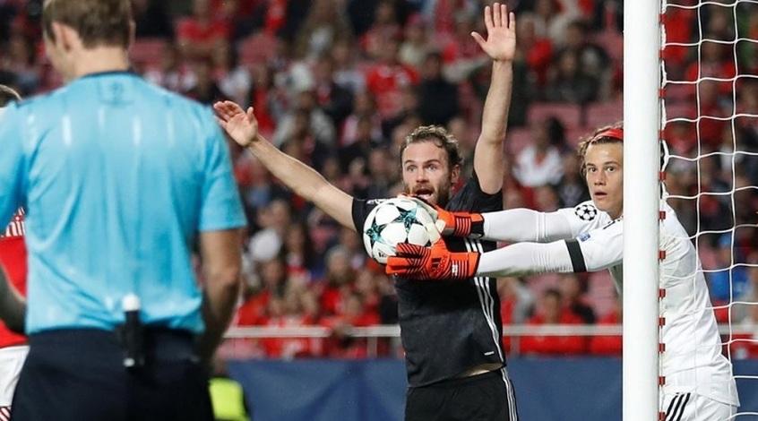 Младен Крстаич хочет, чтобы бельгийский вратарь Миле Свилар играл за Сербию