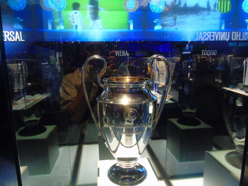 """В кресле президента. Впечатления от экскурсий по стадионам """"Порту"""" и """"Барселоны"""" - изображение 15"""
