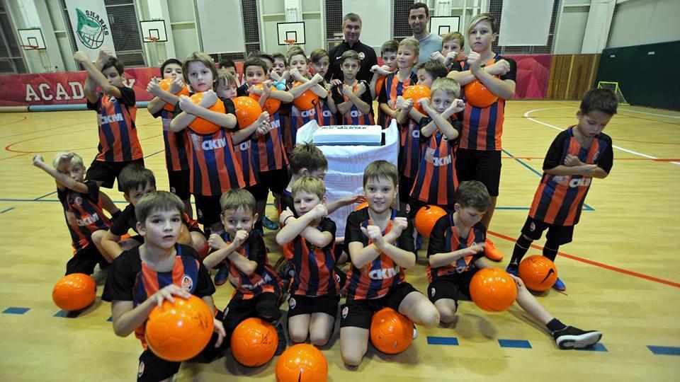 Дарио Срна поддержал юных спортсменов - изображение 1