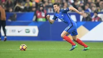 Лоран Косьельны завершил карьеру в сборной Франции