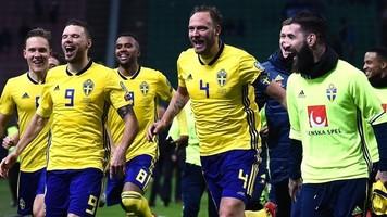 Игроки сборной Швеции в прямом эфире разнесли студию (Видео)