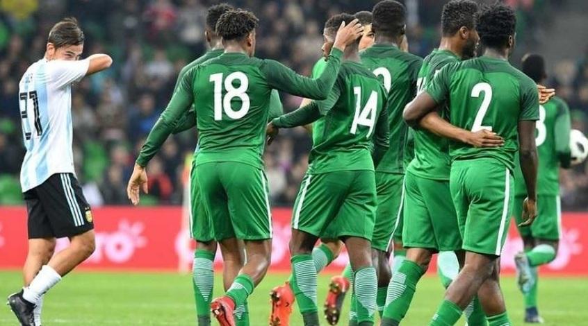 Сборная Аргентины с Дибалой и Агуэро в составе сенсационно проиграла Нигерии