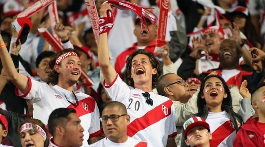 Сборная Перу пофутболу отобралась наЧМ