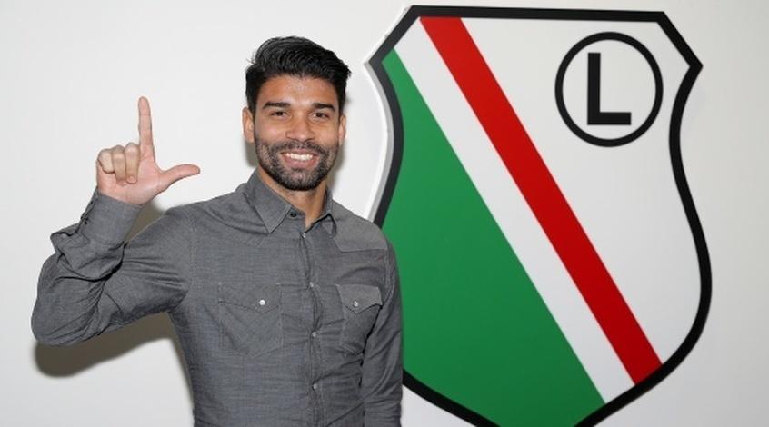 Экс-форвард «Арсенала» и«Шахтёра» Эдуардо прибыл в«Легию» намедосмотр