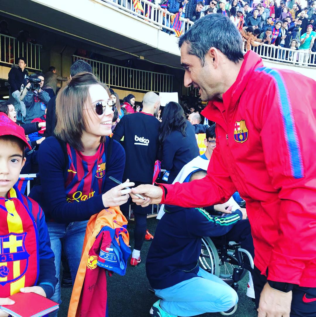 """Игроки """"Барселоны"""" посетили детские больницы (Фото, Видео) - изображение 5"""