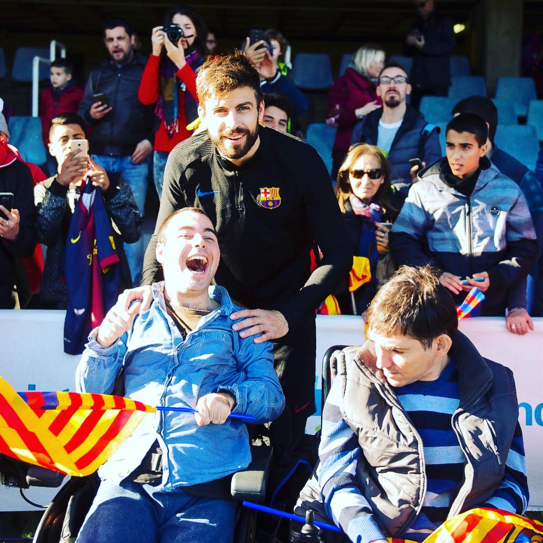 """Игроки """"Барселоны"""" посетили детские больницы (Фото, Видео) - изображение 8"""