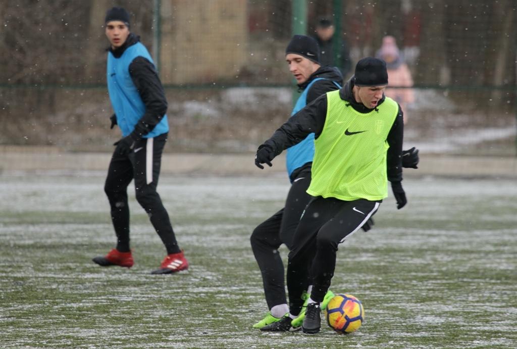 """""""Александрия"""" провела тренировку на снегу (Фото) - изображение 6"""