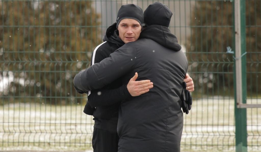 Сергей Басов не смог сдержать эмоции во время прощания с командой (Фото) - изображение 2