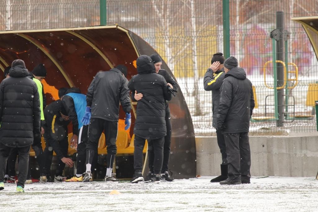 Сергей Басов не смог сдержать эмоции во время прощания с командой (Фото) - изображение 5